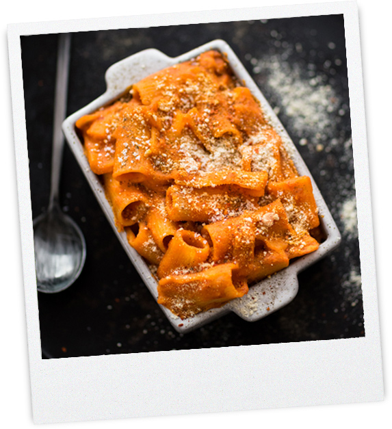 Nudelauflauf mit veganen Parmesan