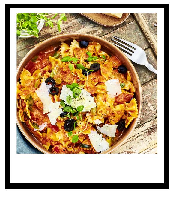Schnelle One-Pot-Pasta mit Paprika-Tomatensoße