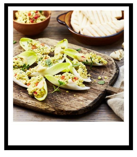 Taboulé mit Hummus im Salatschiffchen
